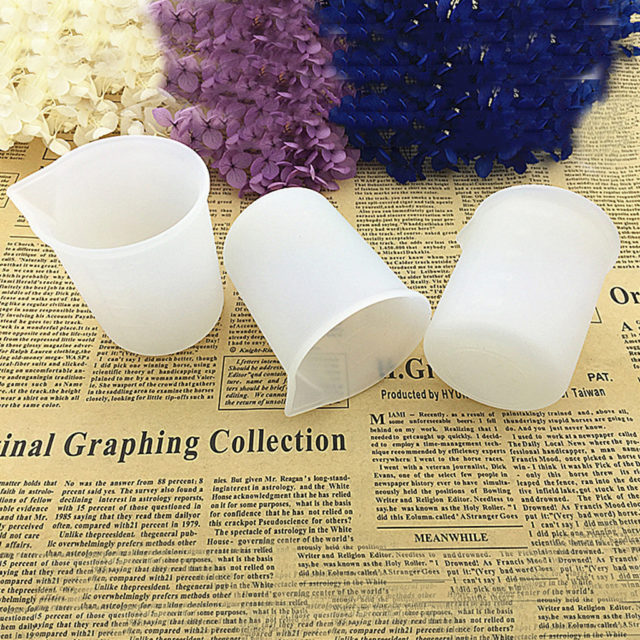 3Pcs Silicone Measuring Cups for Resin 100Ml DIY Glue Tools Cup Making Handmade Craft Nonstick Silicone White Mixing Cups YL5