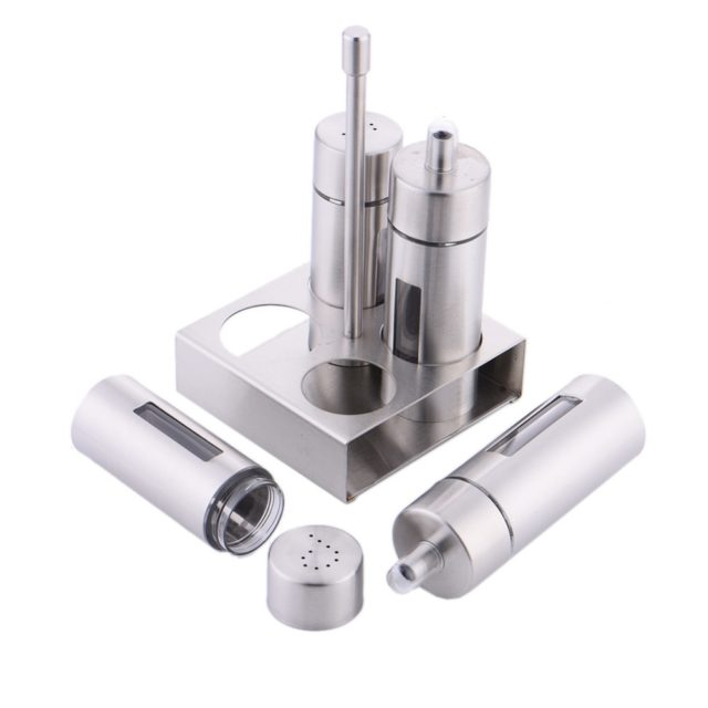Castor Stainless Steel Salt Pepper Shaker Set Odor-Free Spice With Stand Condiment Box Cooking Seasoning Bottle Kitchen Tools