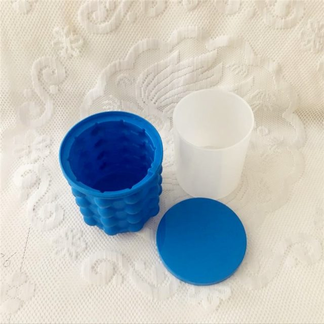 Silicone Ice Cube Maker Portable Bucket Wine Ice Cooler Beer Cabinet Space Saving Kitchen Tools Drinking Whiskey Freeze