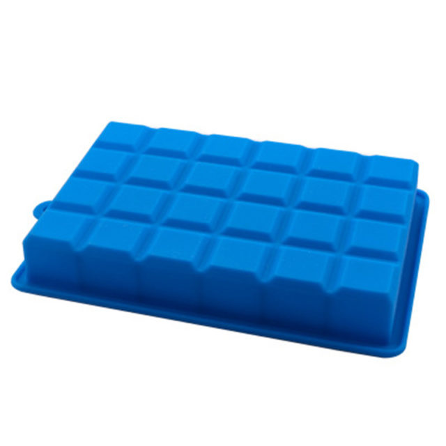 2pcs 24 Grid Silicone Ice Cube Tray Molds DIY Desert Cocktail Juice Maker Square Mould Random Color