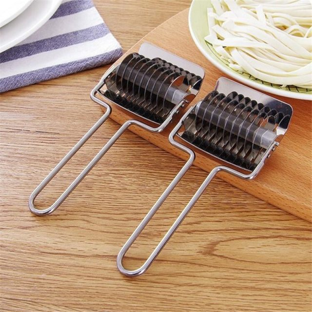 Stainless Steel Manual Pasta Non-slip Handle Cutter Pressing Machine Noodle Cut Shallot Cutter Spaetzle Pastry Tool For Kitchen