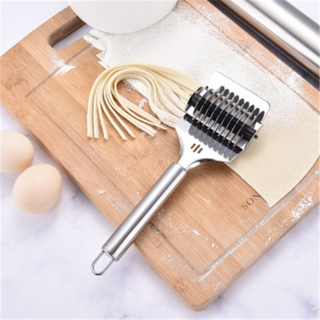 Both Size Stainless Steel Noodles Cutter Non-slip Handle Pasta Maker Tools Manual Shallot Section Cutter Kitchen Gadgets